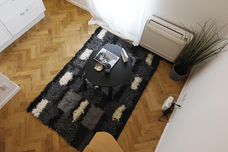 """""""屋根裏部屋(ロフト)からリビングを見下ろしたところです。リビングも""""隠れ家BAR""""のイメージにあったテイストでコーディネートしてみました♪_MG_6716"""