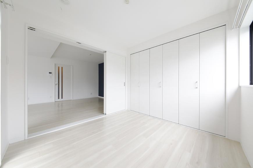 【泉ロイヤルビル】5C号室_洋室(4.5帖)_全景_MG_4659