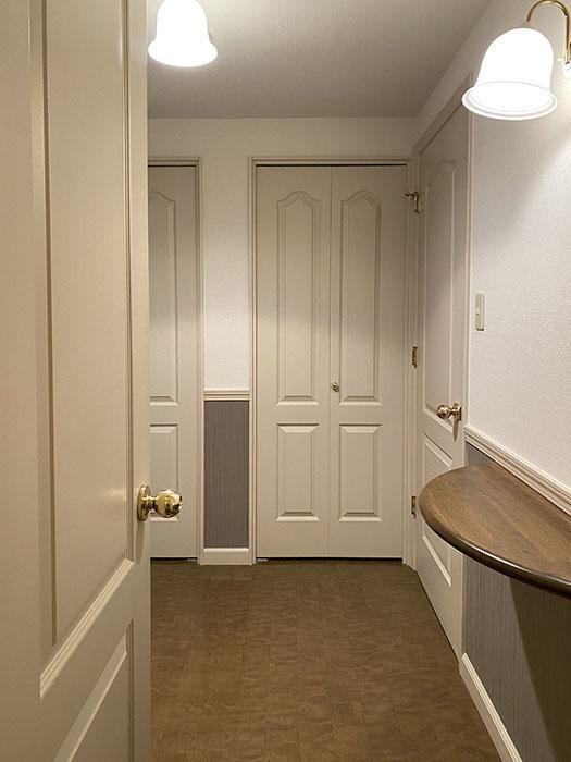 モン・プチ・パラディ 605号室 トイレから玄関