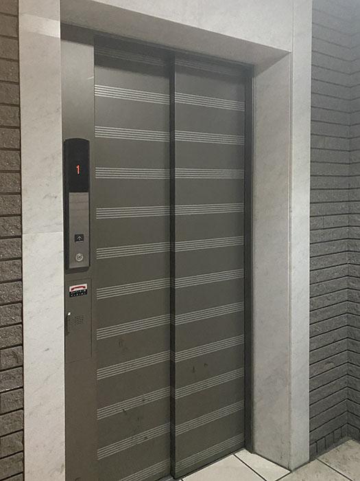 リーヴァストゥーディオ丸の内 エレベーター