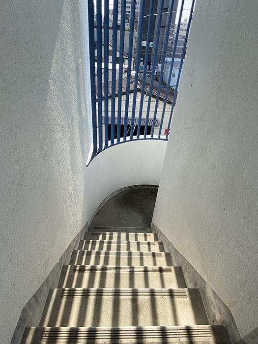 アーバンブラン金山 階段