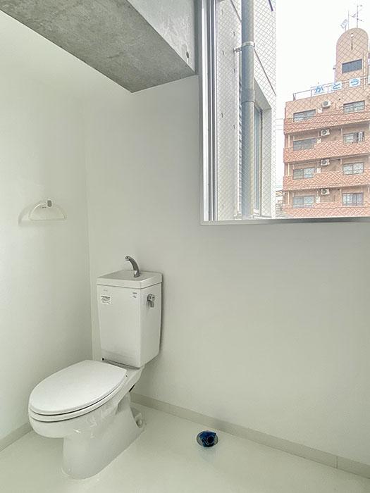 クレイタスパークI 201号室トイレ