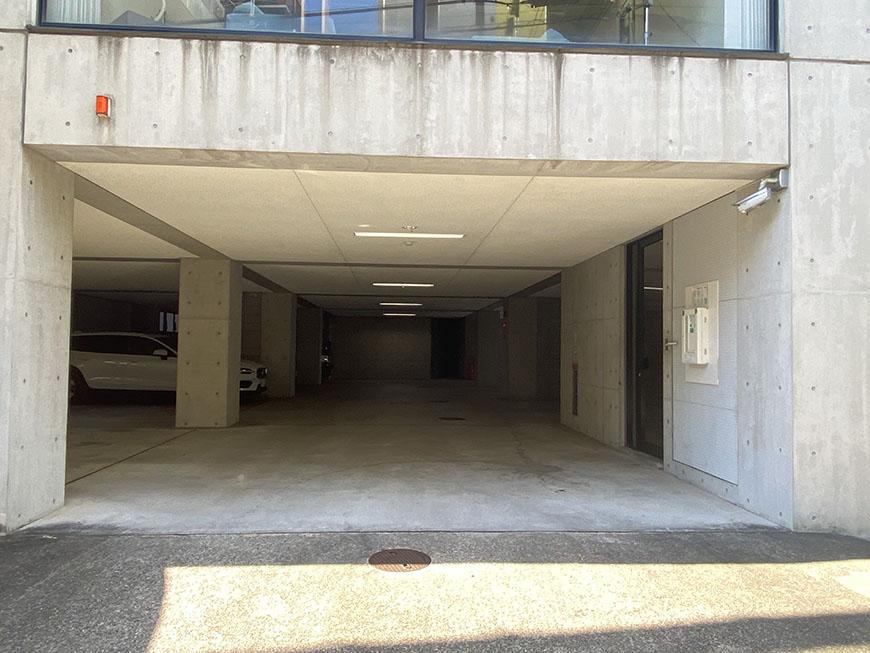 NESPALD EVE 駐車場