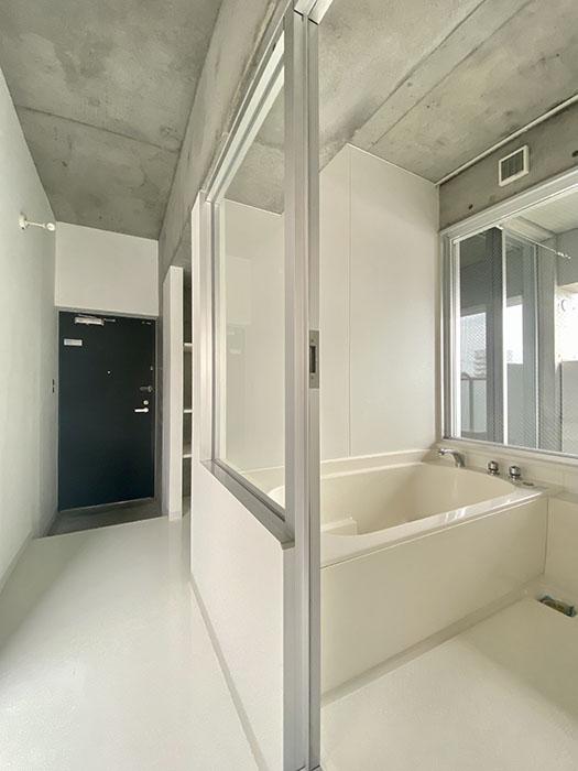 クレイタスパークI 201号室 お風呂の位置