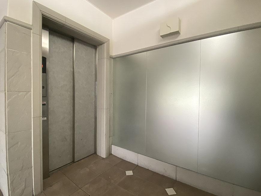 コージィーコート新栄 エレベーター