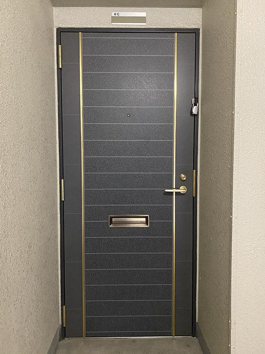 ウエスト花の木 玄関ドア