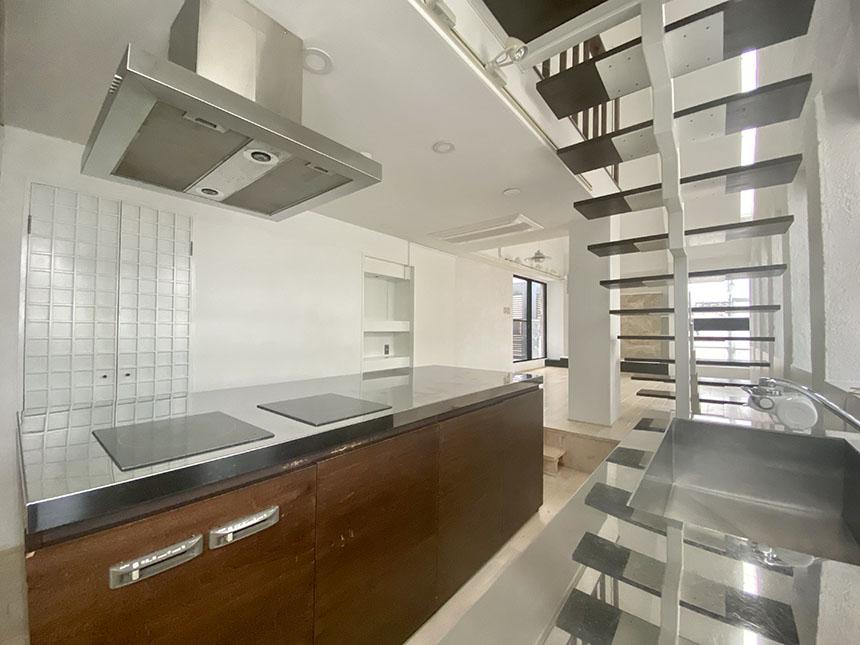 アークピュアモリロン1002号室キッチン