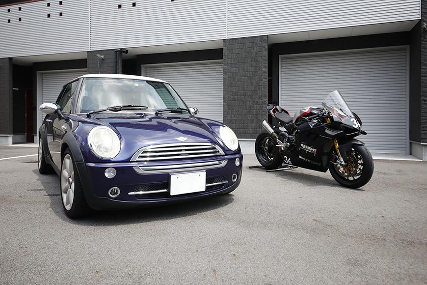 【ガレリア勝川】_ガレージ前のバイク・車_イメージ_MG_8705