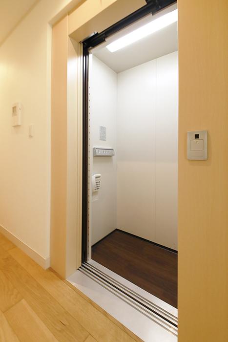 【高峯Classics S棟】002号室_1階_ホームエレベータ完備_MG_1030