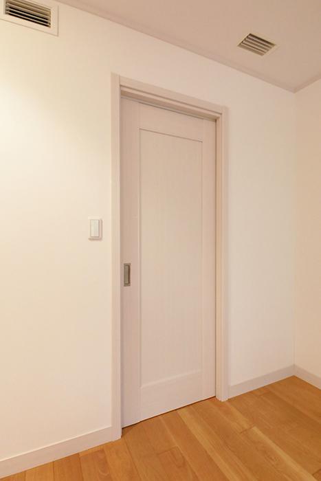【高峯Classics S棟】002号室_1階_1_洋室_ウォークインクローゼット_MG_0994