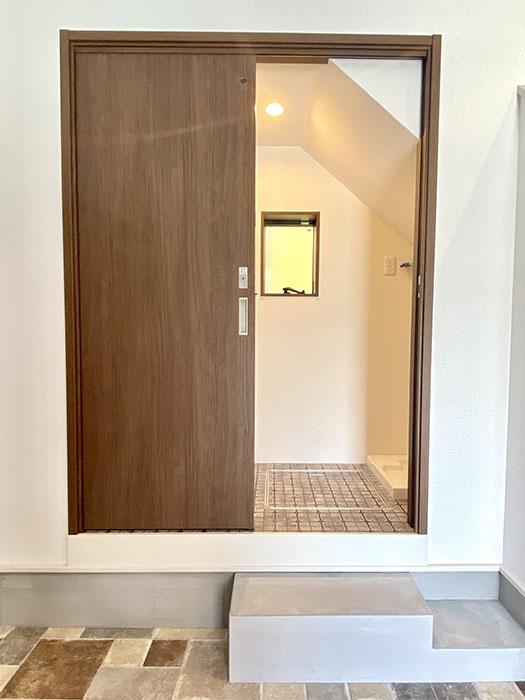 Brace シャワー室