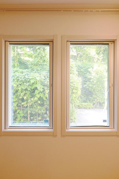 【高峯Classics S棟】002号室_1階_1_洋室の窓_MG_1019