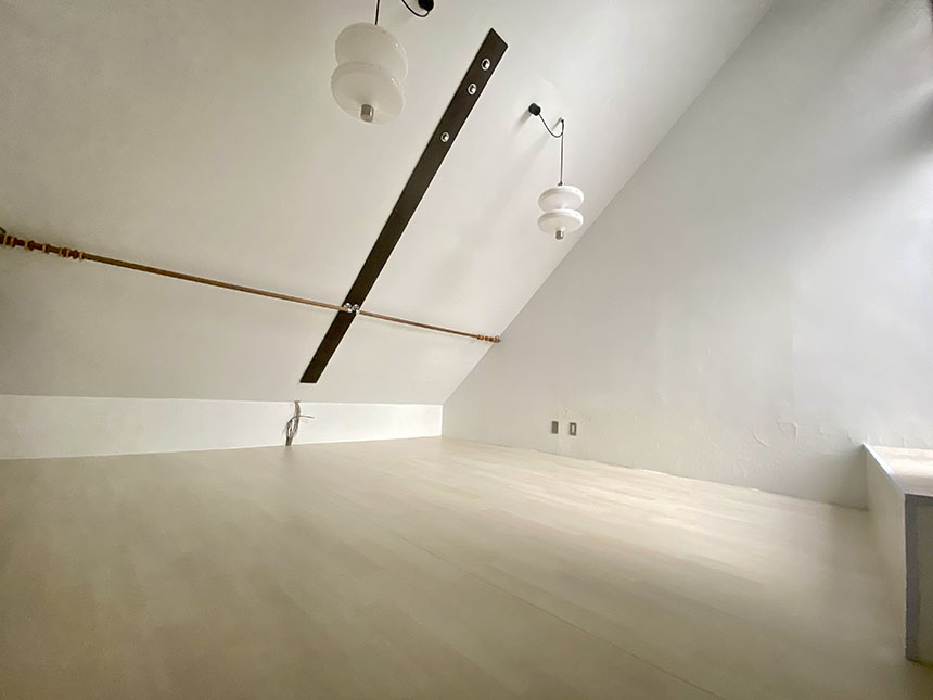 アークピュアモリロン 1002号室洋室