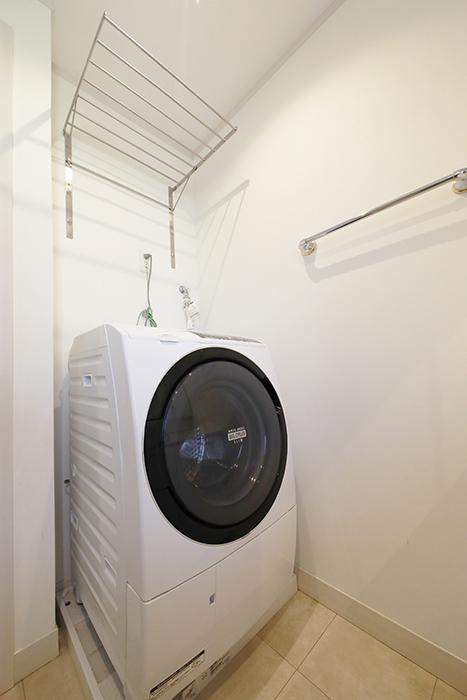 【高峯Classics S棟】002号室_2階_サニタリースペース_ドラム式洗濯機_MG_1586