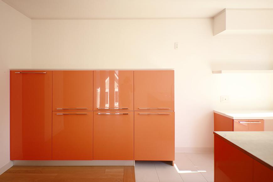 【高峯Classics S棟】001号室_オレンジがアクセントのキッチン!_MG_1754