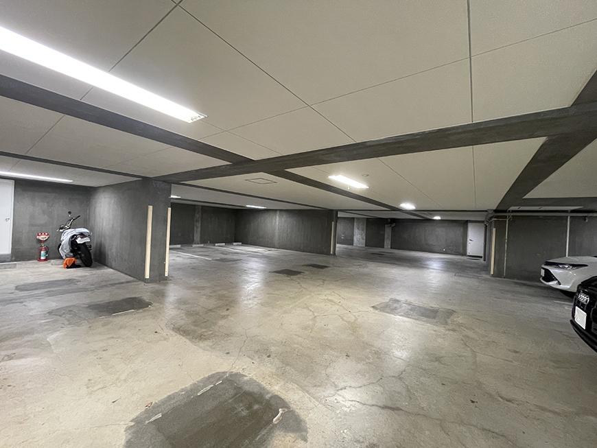HX_地下駐車場_IMG_2200