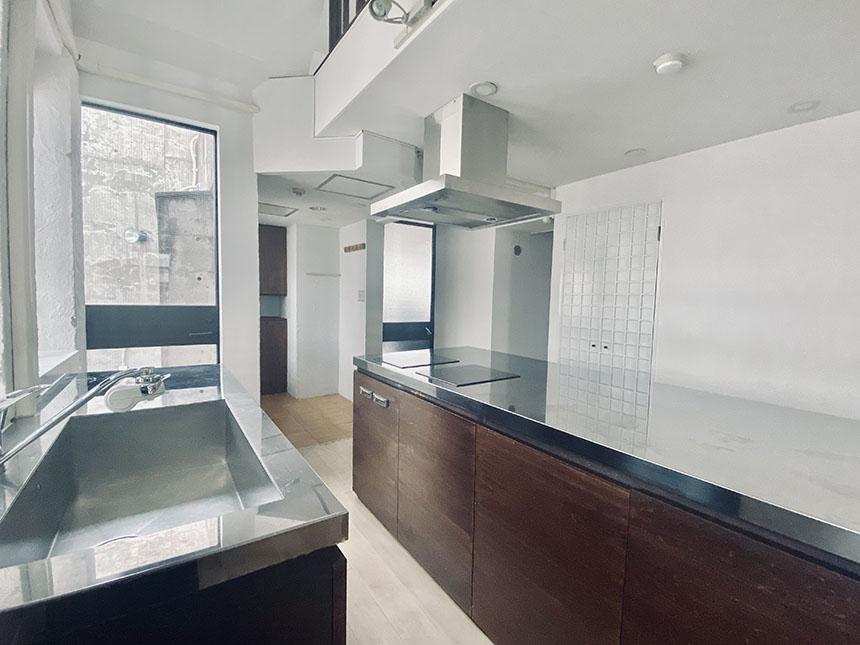 アークピュアモリロン 1002号室キッチン