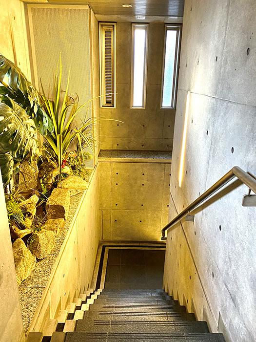 ARK HOUSE 南館C号室 階段2