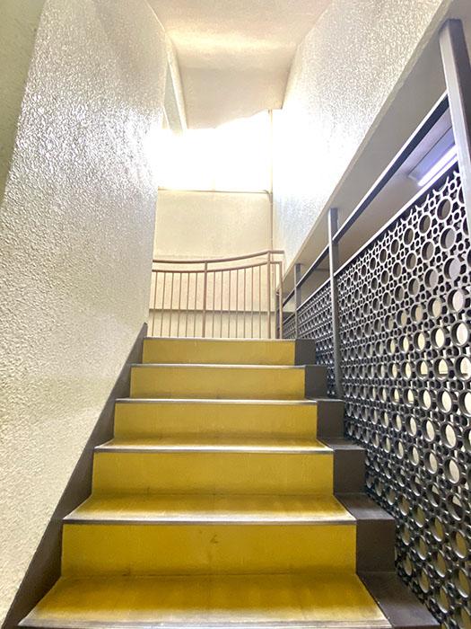 アネックス池下 階段
