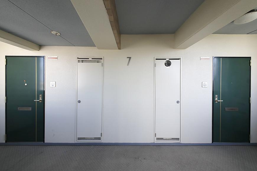 【ハーモニアス桜本町】7階共有_玄関前フロア_1フロアに2部屋です_MG_2675