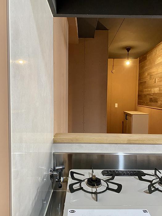 信和元町ハウス 132号室 キッチン壁
