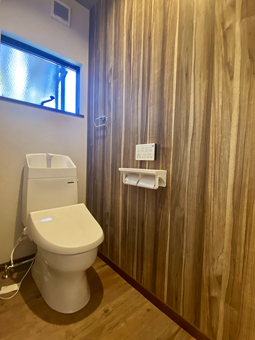 トヨヤマテラスE棟 トイレ