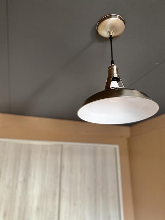信和元町ハウス 132号室 洋室照明